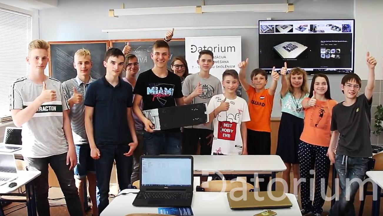 Datorijas studenti